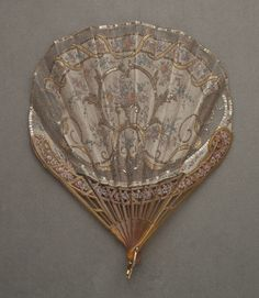 Vintage Handbags Fan, sequins (with case) - Fan, sequins (with case) by ca. A work from the collections of the de Young and Legion of Honor museums of San Francisco, CA. Antique Fans, Vintage Fans, Vintage Items, Hand Held Fan, Hand Fans, Umbrellas Parasols, Vintage Accessories, Dance Accessories, Vintage Handbags