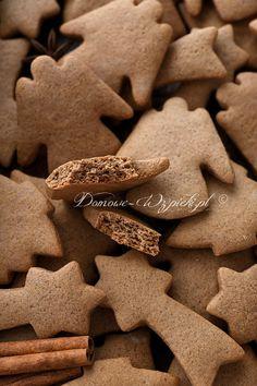 Miękkie pierniczki z ciasta dojrzewającego Vegan Christmas, Christmas Cookies, Marshmallows, Polish Recipes, Polish Food, Kakao, Eat, Noel, Polish Food Recipes