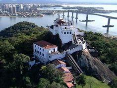 Convento da Penha é um dos principais cartões postais do Espírito Santo (Foto: Reprodução/TV Gazeta)