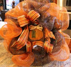 Savvy Seasons by Liz: Deco Poly Mesh Ribbon Wreath - Picture Tutorial