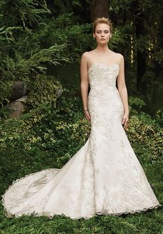 Tendance Robe du mariage 2017/2018  Casablanca Bridal strapless mermaid styled gown with beaded lace embellishments