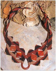 girocollo macramè marisarte ruggine nero corniola