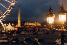 All the must-sees of Paris enlightened by magic