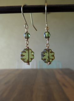 Pale Lime Picasso Daisy Czech Glass Gold Earrings by MyCrafeteria