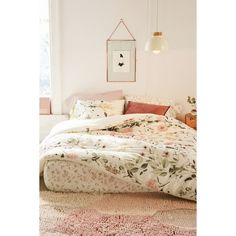Daniella Floral Comforter Snooze Set ($169) ❤ liked on Polyvore featuring home, bed & bath, bedding, king bedding, twin xl bedding, floral bedding, king fitted sheet and king size pillowcases