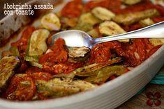Abobrinha assada com tomates e alho (Roasted zucchini with tomato and garlic) Veggie Recipes, Vegetarian Recipes, Healthy Recipes, Healthy Dishes, Healthy Eating, Confort Food, Vegetable Soup Healthy, Menu Dieta, Food Therapy