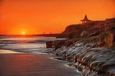 Soak up some rays in California!  Click link in our bio for ongoing deals on California hotels. #California #SantaCruz #deals #Hotelsdotcom #travel #welltraveled #sunset Hotels-live.com via https://www.instagram.com/p/BEl_gl0FaL1/ #Flickr
