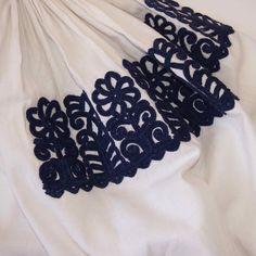Detail from Kalotaszeg blouse parna.co.uk
