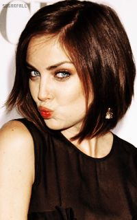 Jessica Stroup - such a beauty