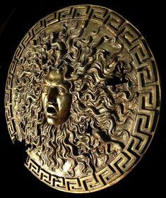 Shield of Alexander (Large Bronze Medusa)