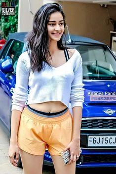 Bollywood Actress Hot Photos, Indian Bollywood Actress, Bollywood Girls, Beautiful Bollywood Actress, Bollywood Celebrities, Beautiful Girl Indian, Most Beautiful Indian Actress, Hot Actresses, Indian Actresses