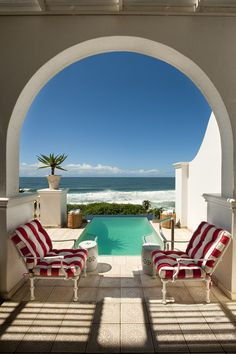 The Oyster Box Hotel in #Durban, #SouthAfrica. http://www.flyabs.com/washington-to-durban