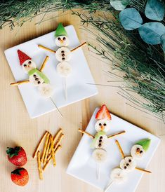 Holiday Fun, Holiday Decor, Fruit Kabobs, Merry And Bright, Happy Holidays, Holiday Recipes, Activities For Kids, Snowman, Entertaining
