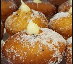 Bomboloni, Pretzel Bites, Doughnuts, Biscotti, Hamburger, Muffin, Food And Drink, Breakfast, Desserts