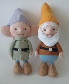 Feltro: sete anões Teddy Bear, Toys, Animals, Seven Dwarfs, Fabric Dolls, Fiestas, Activity Toys, Animales, Animaux