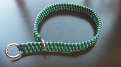 """Boa Weave Custom Paracord Dog Collar by KnottyDogDesigns on Etsy   1 - 9"""" collar $14  10-15"""" collar $16  16-21"""" collar $20  22-26"""" collar $25  27-31"""" collar $30   1inch wide Paracord Dog Collar. Made to order with military grade 550 paracord Available in 1 or 2 Colors"""