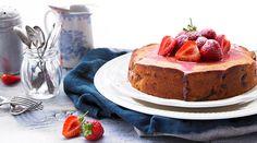 Yeo Valley's Strawberry Yeogurt Cake with Strawberry Yeogurt Icing Recipe