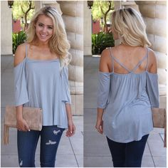 We ᒪOᐯE this flowy boho cold shoulder top! Perfect for the Vegas heat! ☀️☀️    $30