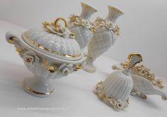 Stupenda bomboniera nuziale in porcellana lucida di Capodimonte finemente decorata. Jar, Jars, Glass