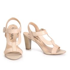 [ nude sandals ]