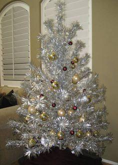 Vintage Pom Pom Aluminum Christmas Tree 6 1/2 Ft & Stand, Color ...