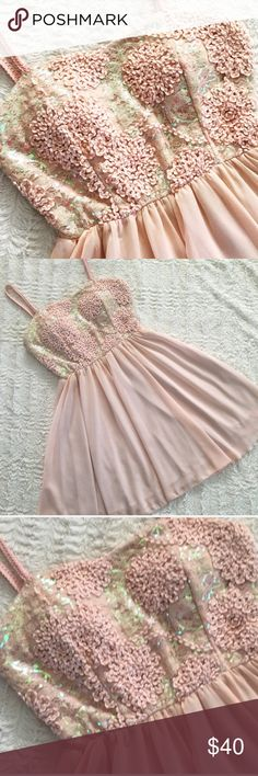 Pretty Peach/Pink Prom Dress Pretty Peach/Pink Prom Dress Dresses