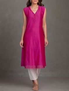 Buy Fuchsia Chanderi Kurta With Cap Sleeves Silk Women Kurtas Online at Jaypore.com