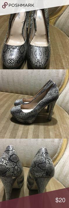 Heels Very cute heels about three half 4  inches snakeskin look Shoes Heels