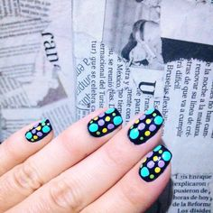 It's all about size and colors! Dotted nails! Great nail art idea