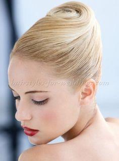french twist wedding updo Short Hair Styles For Round Faces, Hairstyles For Round Faces, Medium Hair Styles, Curly Hair Styles, Hair Medium, Updo Styles, Long Faces, Easy Updo Hairstyles, Sleek Hairstyles