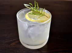 Summer cocktail: Rosemary Gin Fizz