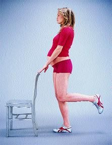 Simple prenatal leg workout: Standing pressback, plie and curtsey lunge.