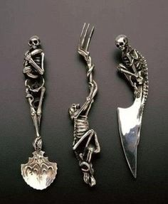 Wicked cutlery set