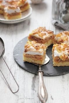 Romanian Desserts, Romanian Food, Cooking Recipes, Healthy Recipes, Recipes From Heaven, Cheesecakes, Food Art, Cake Recipes, Sweet Treats
