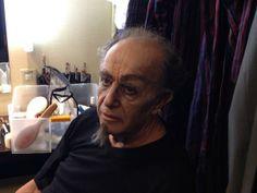 #ScalaTourJapan - 07/09/2013 - Tokyo NHK Hall - Rigoletto - Leo Nucci in his dressing room http://www.teatroallascala.org/en/season/tours/2012-2013/japan/rigoletto-giuseppeverdi-2013.html