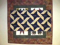 How to make a Friendship Star Crown Royal Quilt Crown Royal Quilt, Crown Royal Bags, Quilting Tutorials, Quilting Projects, Quilting Ideas, Sewing Projects, Make A Crown, Fabric Crown, Royal Pattern
