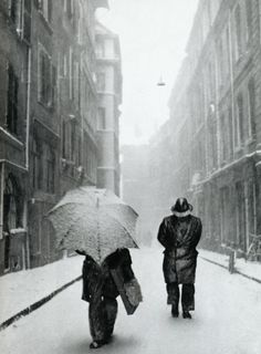Photo by the talented American photographer, Robert Frank.  http://en.wikipedia.org/wiki/Robert_Frank