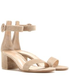 awesome Sandalen Aus Veloursleder http://portal-deluxe.com/produkt/sandalen-aus-veloursleder-14/  495.00
