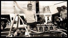 Carlos Reutemann Box Brabham BT44B 1975