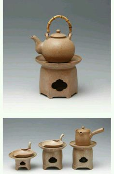 This is korea tea pot.  made by 도연요