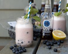 The Cocktail Diaries: Blueberry Bourbon Fizz featuring IZZE Soda | PDXfoodlove