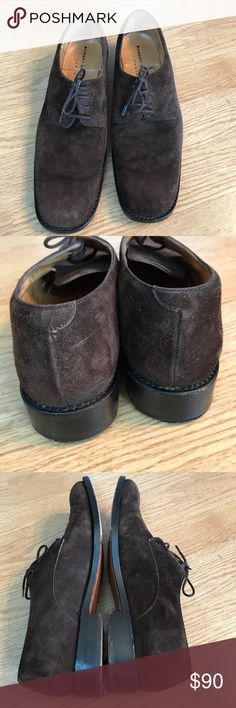 Robert Clergerie brown suede lace up Oxford shoes Preowned with signs of wear along sole. Size 8 square toe. Robert Clergerie Shoes Flats & Loafers
