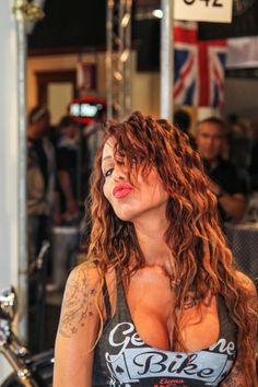EICMA Pin Up girl