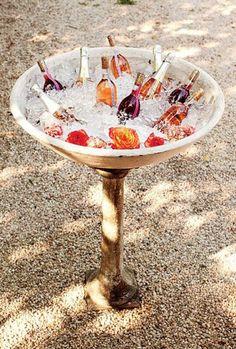 Baignoire, barque, fontaine : des idées originales et décoratives pour rafraîchir vos boissons Image: 2