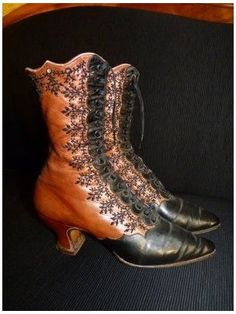 """Evening Lace-up Jet Beaded Boots from Vienna, circa 1895.  They are made of two colors of leather, with h Evening Lace-up Jet Beaded Boots from Vienna, circa 1895.  They are made of two colors of leather, with hand beaded steel and red glass beads done in a creative and beautiful design down the sides for closure. They are lined in violet silk with """"CAPEK. WIEN"""" signed inside. The boots have black shoe laces, pointed toes, and 2"""" Louis heels. 1890s Fashion, Victorian Fashion, Vintage Fashion, Vintage Boots, Vintage Outfits, Viktorianischer Steampunk, Vintage Accessoires, Victorian Shoes, Victorian Era"""