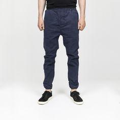 Style: 5716 navy
