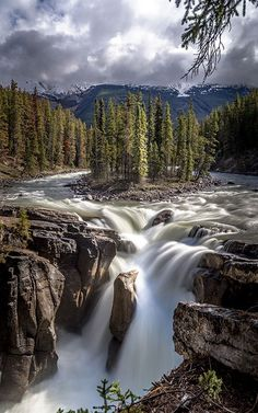 Best Landscape Photography, Mountain Photography, Amazing Photography, Nature Photography, Waterfalls Photography, Beautiful Nature Pictures, Beautiful Landscapes, Beautiful Places, Rocky Mountains