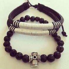 #zowiecreations Siguenos en instagram & facebook.  #bracelets #combinations #pulseras #menbracelets #men #black #negro #mattebeads #white #jewerly #pr # handmade