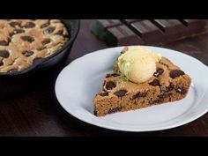 Skillet Chocolate Chip Cookie :: Home Cooking Adventure