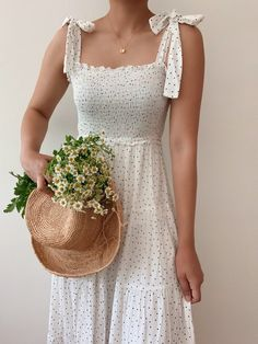 Find it in the sunshine dress - Breath of Youth Pretty Outfits, Pretty Dresses, Cute Outfits, Beautiful Summer Dresses, Best Summer Dresses, Aesthetic Clothes, Edgy Style, Ideias Fashion, Dress Up
